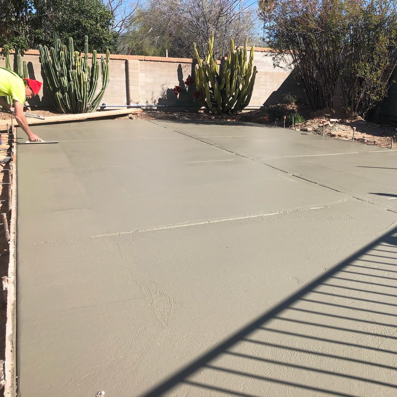 concrete driveway vs asphalt vs pave stone - tucson az decorative concrete